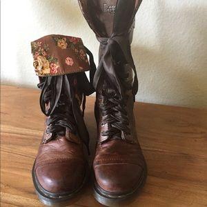 Triumph Amilita boots